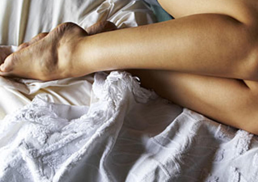 Restless legs syndrome woman2